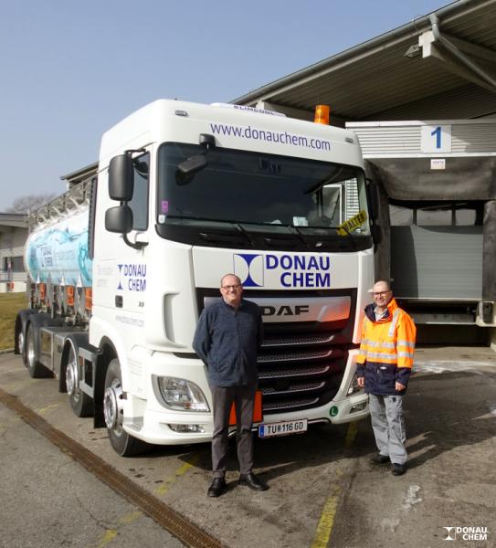 Das neue Mehrkammer-Tankfahrzeug der Donauchem
